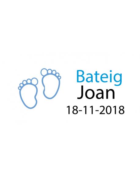 Etiquetas pies azul bautizo